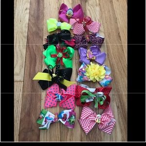 Lot of 13 Custom Made Bows